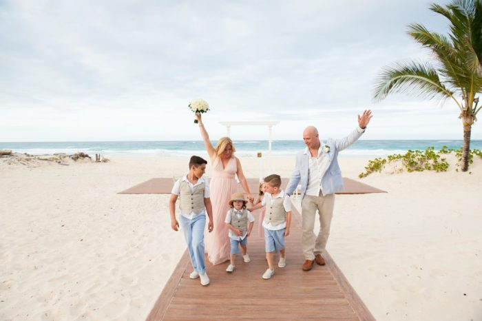 Vow Renewal | Huellas del Caribe Photography | Hard Rock Hotel Weddings | Punta Cana Weddings