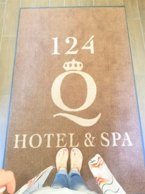 124 on queen spa girlfriends getaway