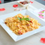 Sun-dried Tomato + Chicken Alfredo Lightened Up   Valentine's Day Recipe   Italian Pasta dishes with Farfalle   Bow-tie Pasta Recipe   Cooking as a couple   How to make a healthier alfredo sauce