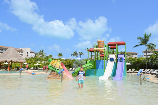 Kids Water Park Dreams Playa Mujeres