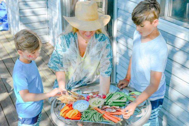 Crudite for kids | cottage food | Summer Fresh Dips & Hummus