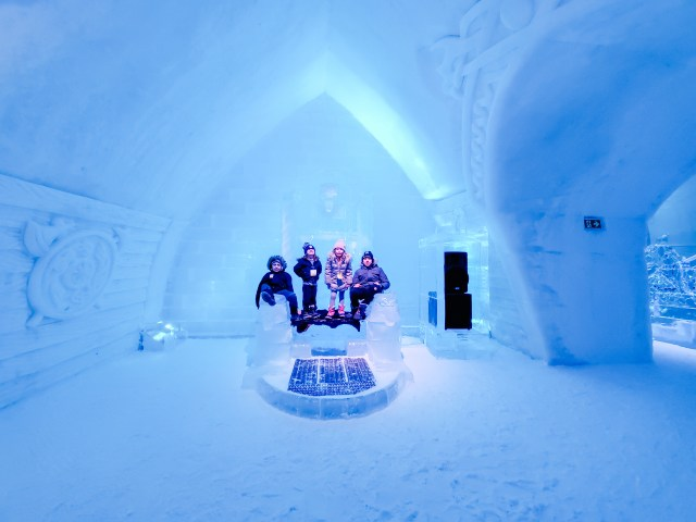 inside hotel de glace