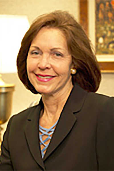 Saundra Bouchard