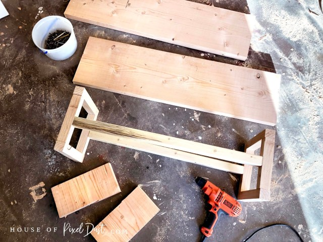 Easy DIY assembly cheap make it yourself coffee table project plans