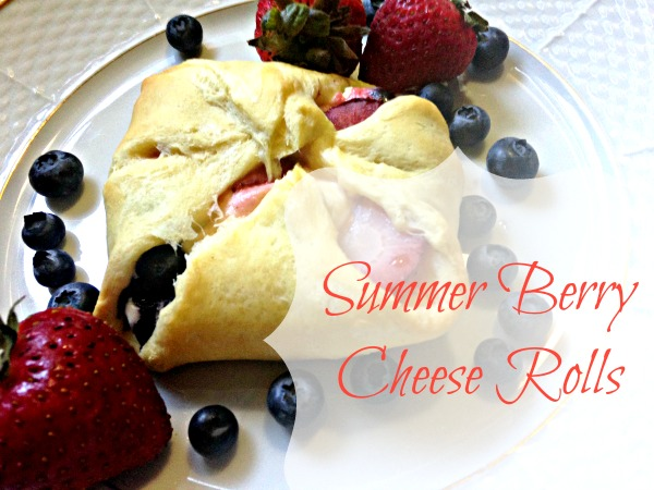 Summer Berry Cheese Rolls