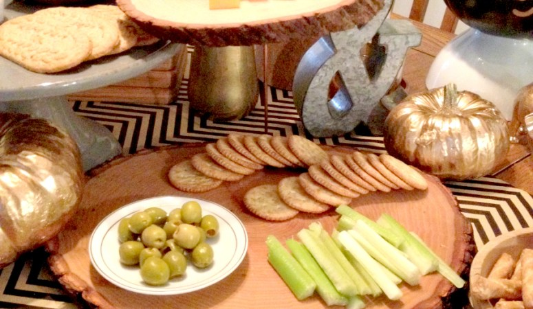November DIY Challenge: Double Tiered Wood Slice Platter