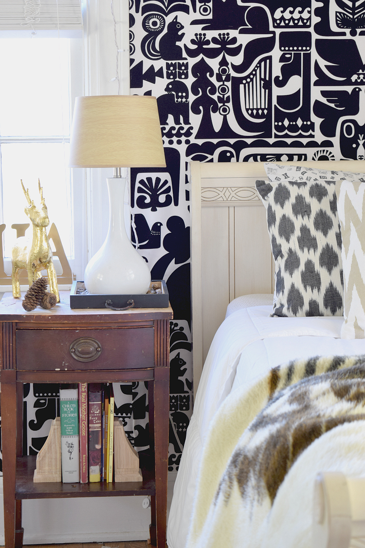 animal-lovers-bedroom-makeover