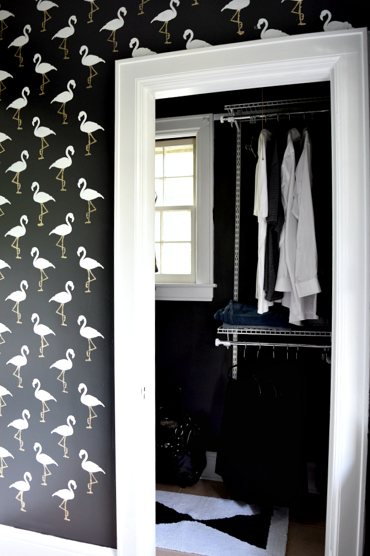 DIY Flamingo Stencil in the bathroom #monthlyDIYchallenge