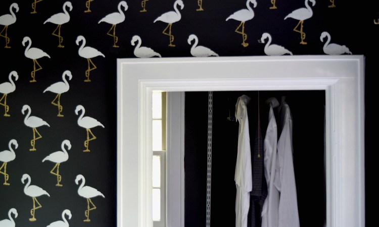 How to Stencil Your Bathroom Walls