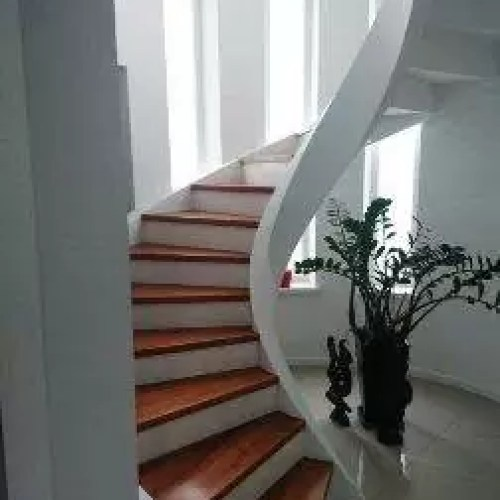 Staircase designs & best interior space management