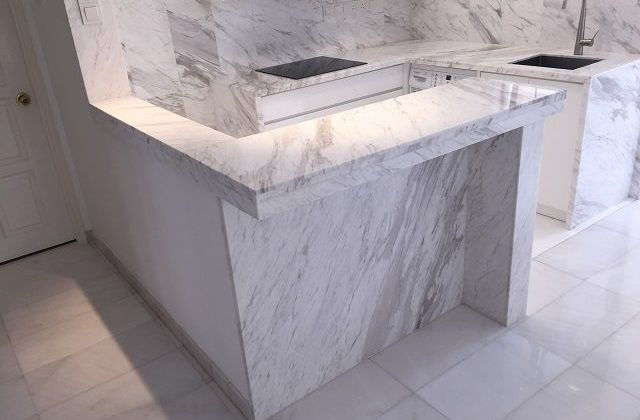 Marble Bar Counter with Lighting