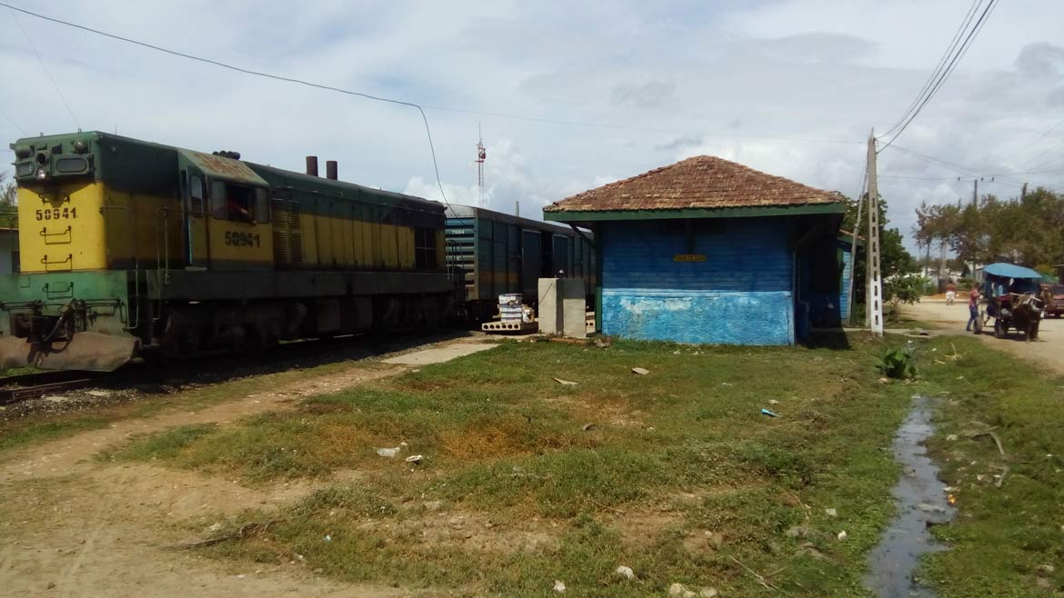 End of the line - the train station at Tunas de Zaza