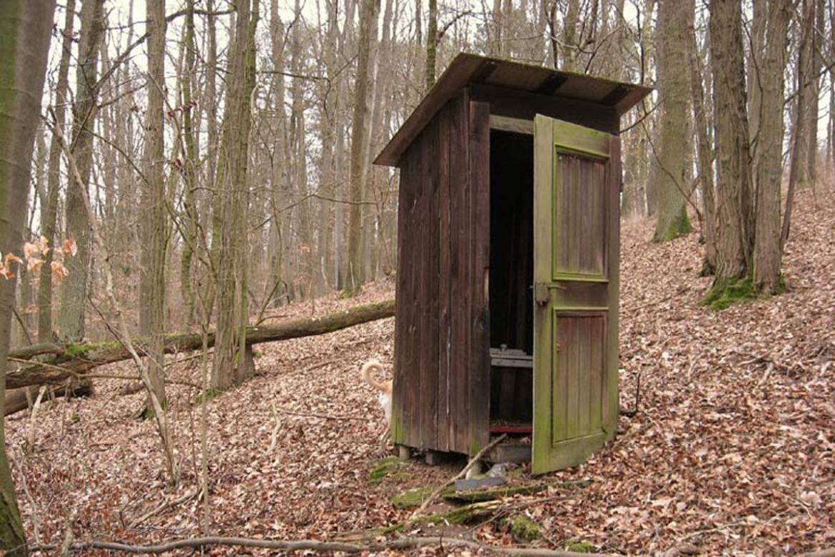off grid toilet on a house sit