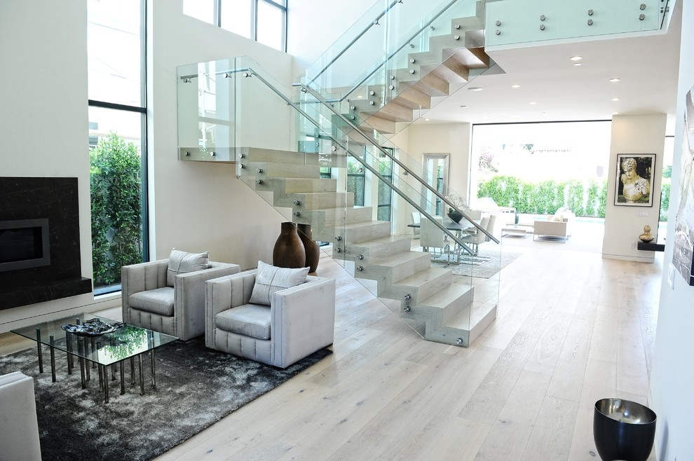 14 Glass Stair Railing Ideas For Your Home Housessive | Frosted Glass Stair Panels | Smoked | Toughened | Deck | Balcony | Contemporary