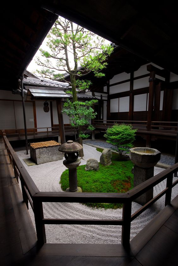 15 Mix Modern Japanese Courtyard With Nature House