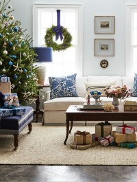 25 Awesome Christmas Living Room Ideas | House Design And ...