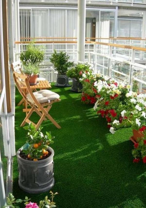 35 Minimalist Balcony Garden To Maximize Your Space