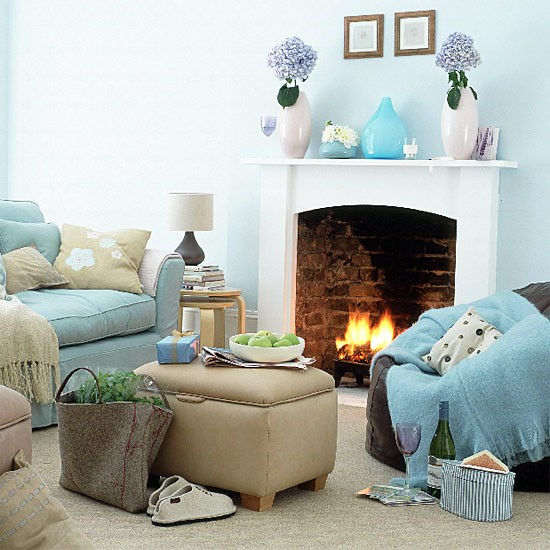 Selecting interior paint colors carrietown for Redecorate my living room