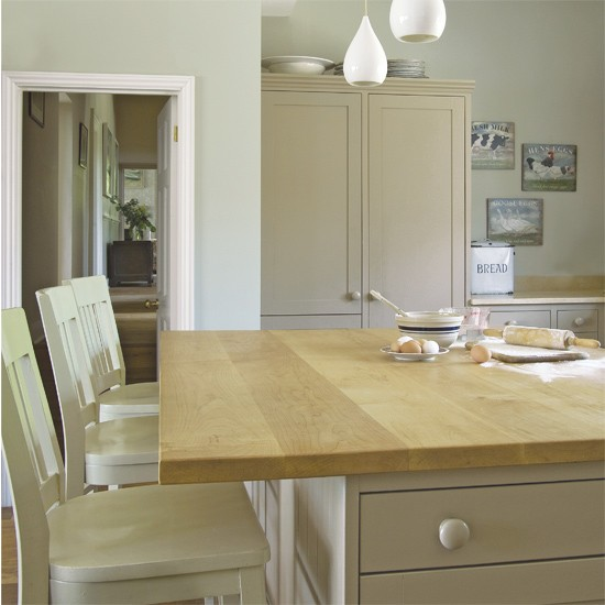 Neutral kitchen | ideas for neutral decorating | neutral schemes | PHOTO GALLERY | Housetohome