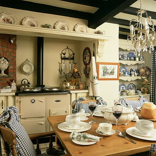 traditional country kitchen design Traditional country kitchen/diner | Kitchen design