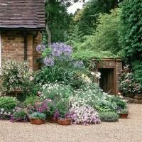 Softening the corner of a house | housetohome.co.uk