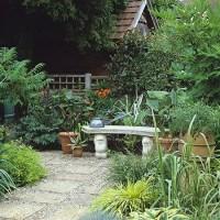 Garden with small courtyard | Garden design | Decorating ...