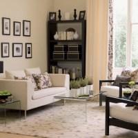 Floral carpet living room | Living room furniture ...