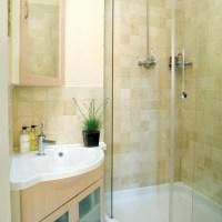 Pretty and petite en-suite shower room | housetohome.co.uk