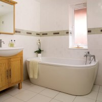 Practical family bathroom | Bathrooms | Bathroom ideas ...