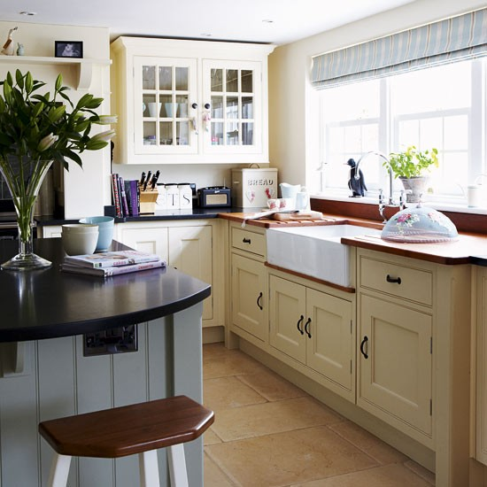 Country kitchen with Belfast sink
