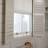 Bathroom window treatment | Simple bathroom ideas ...