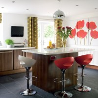 Kitchen with colourful feature wall | Kitchen colour ...