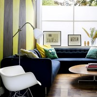 Living room with striped wallpaper | Living room designs ...