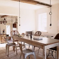 Shabby-chic dining room | Take a tour around a salvage ...