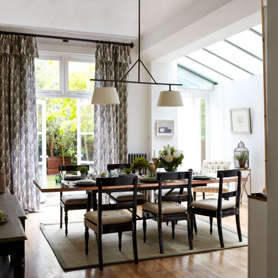 Zoning within a larger area  Classic dining rooms  10 of