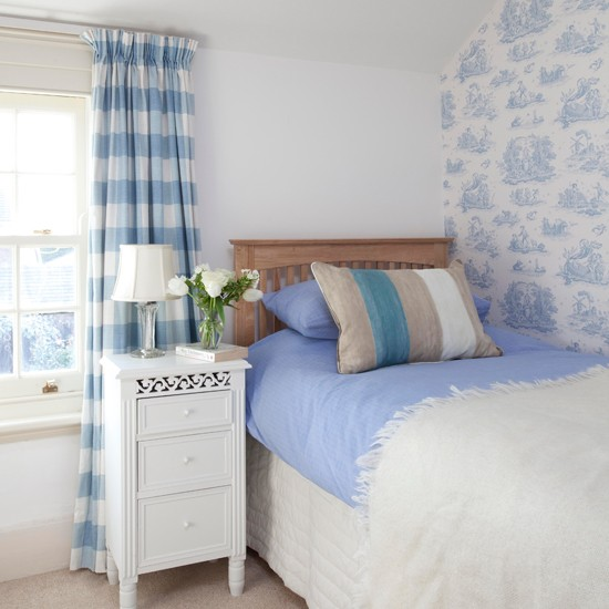 blue and cream bedroom Guest bedroom   Step inside an 18th-century period home in Surrey   housetohome.co.uk