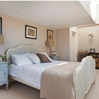 Black And Cream Bedroom Decorating Ideas