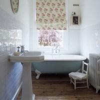 Traditional small bathroom | Small bathroom ideas ...