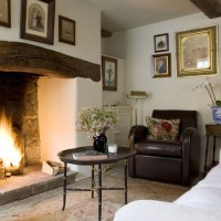 Country living room fireplace | Fireplace decorating ideas ...