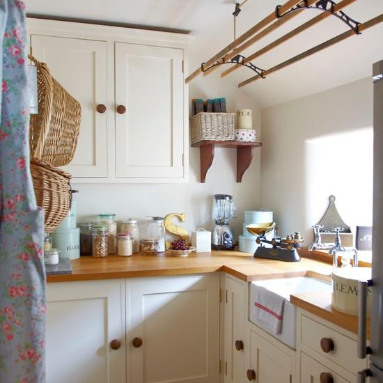 Cream Country Kitchen Ideas