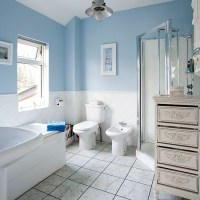 Pale blue and white traditional-style bathroom | Bathroom ...