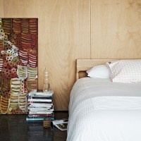 Bedroom with plywood wall | Decorating with wood ...