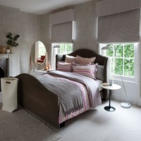 Grey bedroom with pink striped bed linen | 20 gorgeous ...