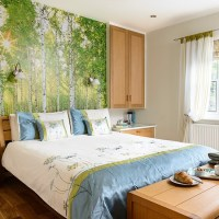 Feature wall with woodland-scene mural | Feature walls ...