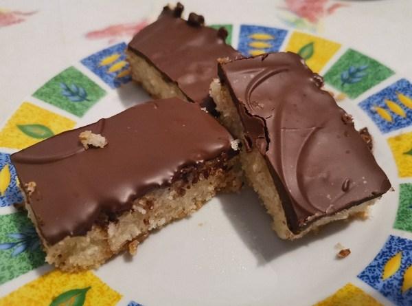 Keto Snickers Bars Recipe (Sugar-Free Candy Bars)