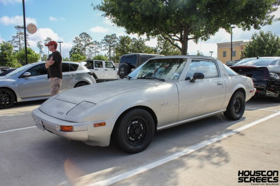 My friend Michael's awesome FB RX7!