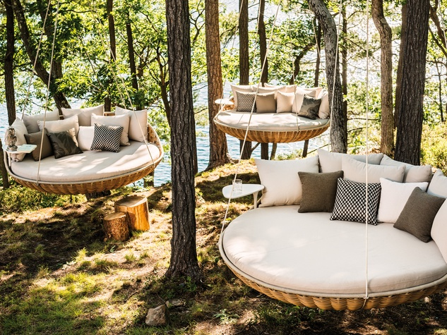 Houstons Best Outdoor Furniture Stores  from budget to