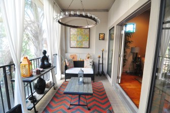 Screened in 2nd floor balcony retreat adjacent to the family room allows you to entertain guests both inside and out.
