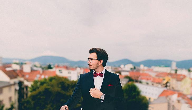 Top 8 Suit Brands for The Gentlemen
