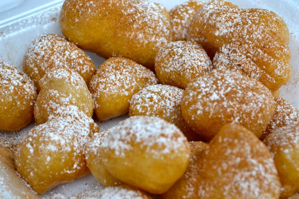Picture of loukoumades.